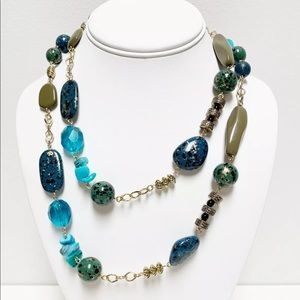 Premier Designs Blue Green Speckled necklace
